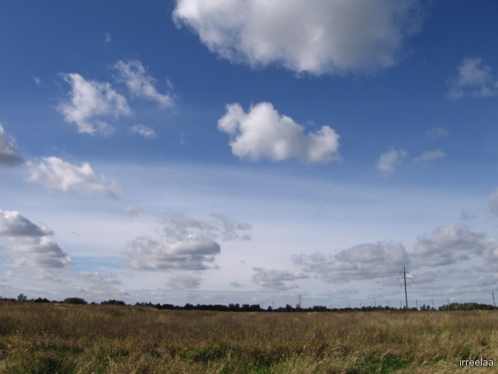 Дорога с облаками