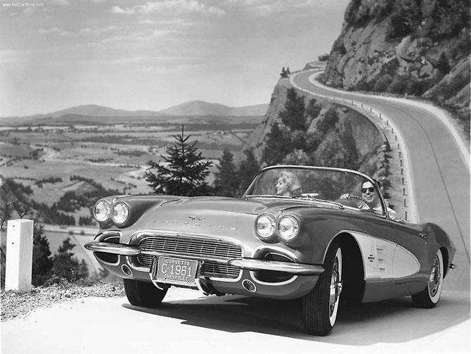 Chevrolet Corvette 1961 release.