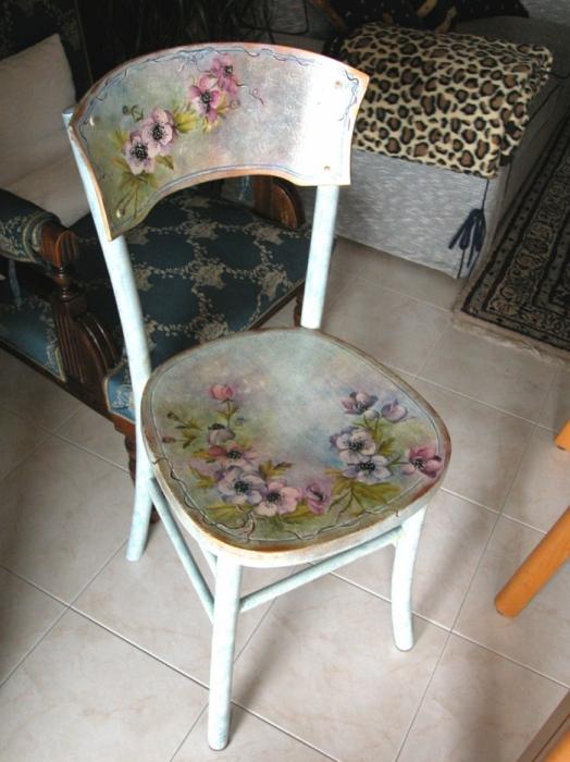 Как можно обновить стулья своими руками