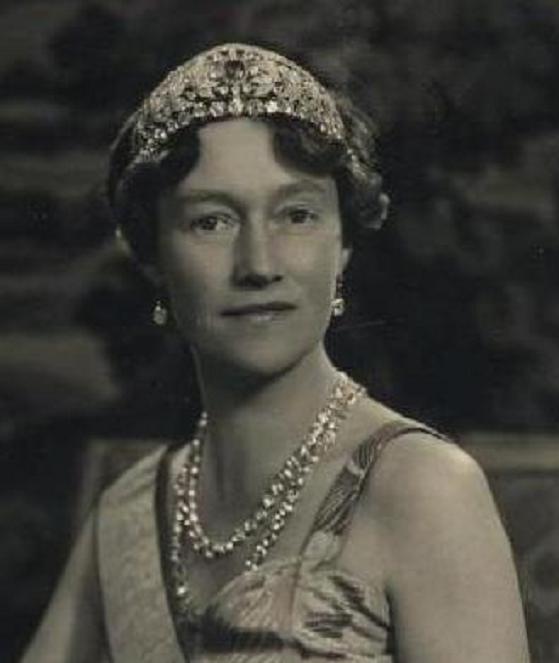 Шарлотта великая герцогиня люксембургская сколько стоит монета 50 копеек 1994 года украина цена