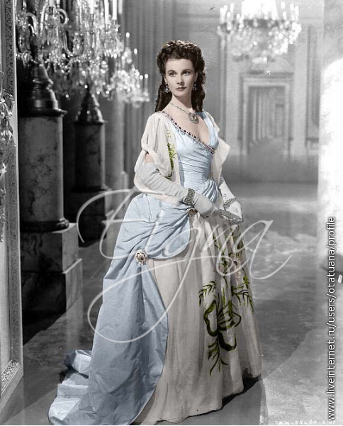 Vivien Leigh as Emma, Lady Hamilton in