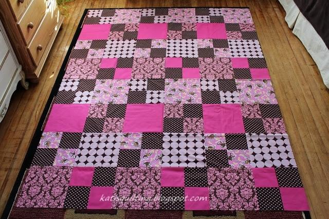 Лоскутное одеяло своими руками для начинающих из квадратов