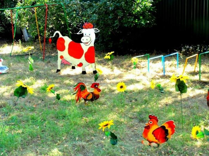 Цветники в детском саду фото