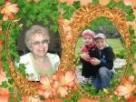 дорогие внучата с бабушкой