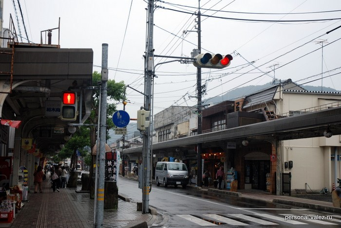 Еще светофоры и дорожные знаки