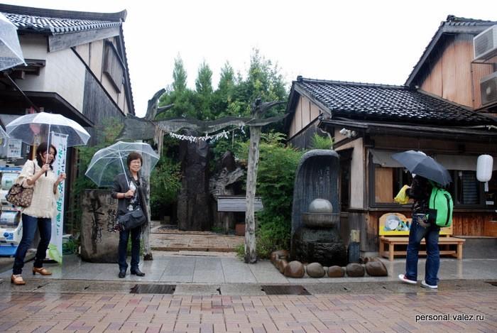 Прозрачный зонт у большинства японцев