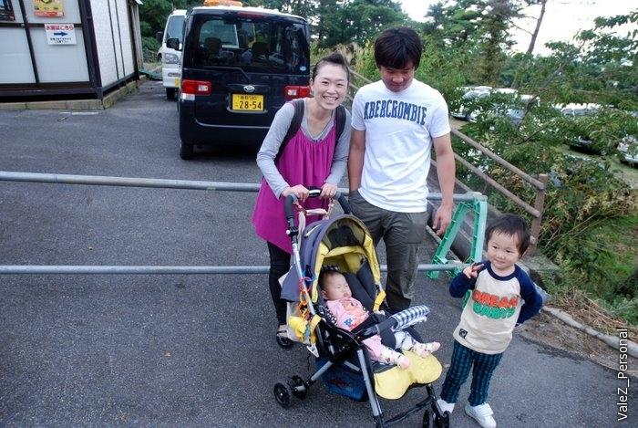 Опять японцы и дети