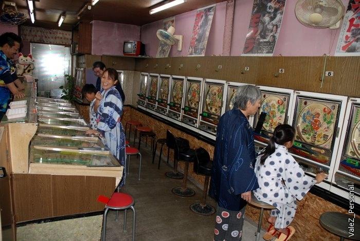 Игоровой клуб, японцы играют