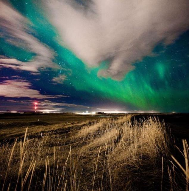 Фотографии северного сияния в Исландии от фотографа Кристиана Уннар Кристджанссон (Kristjan Unnar Kristjansson).