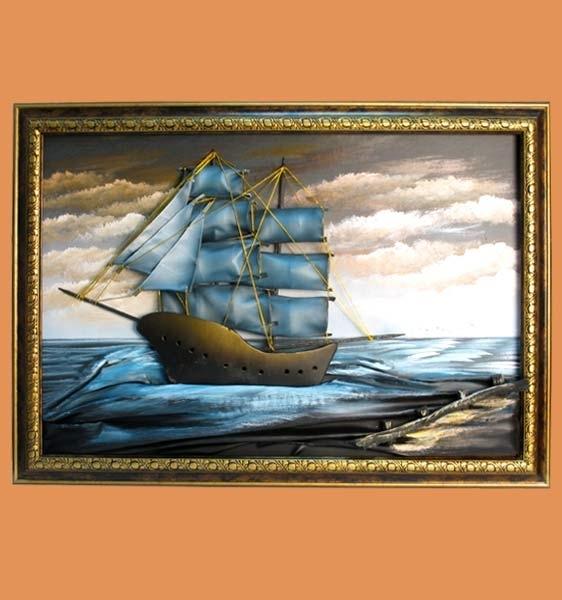 Картина из кожи это прекрасный подарок для человека любящего море.  Множество других картин и