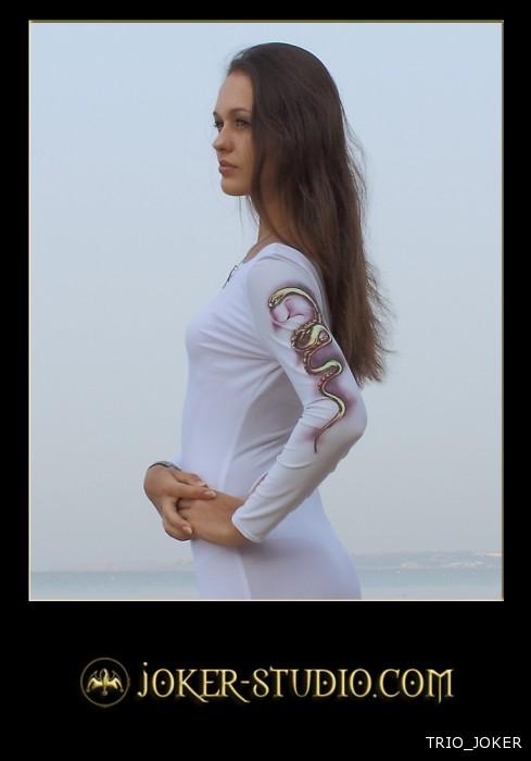 61509 ЗМЕЙКА ~ ОРИГИНАЛЬНОЕ ЛЕТНЕЕ ПЛАТЬЕ с СВЕТЯЩЕЙСЯ АЭРОГРАФИЕЙ РИСУНКОМ ЗМЕИ http://www.jok.ru/ladies-reality-dresses/169-61509-ladies-summer-dress-adder-fluorescent-aerography-snake-61509.html