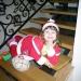 костюм для деда Мороза, который карабкается на окно (подошёл по размеру дочери)