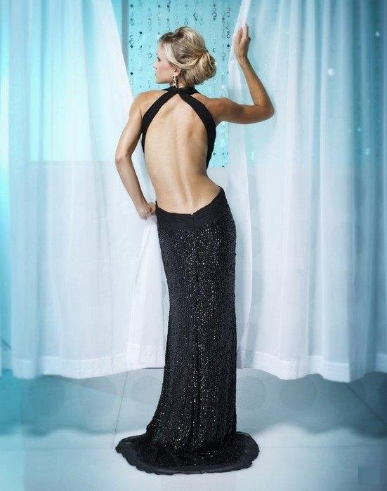 Яркие платья с открытой спиной.  Фото.модные платья на выпускной.
