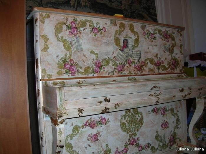 Декупаж старого пианино