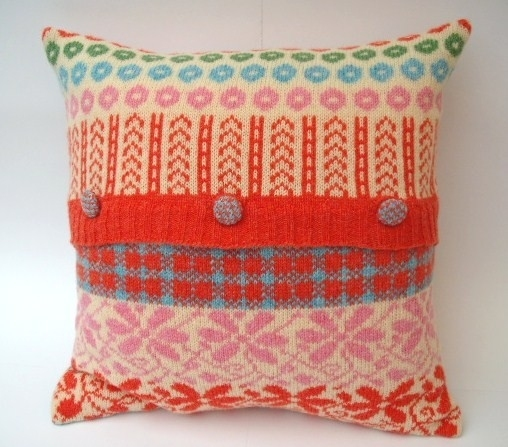 craft home decor: a lots of knitted pillows