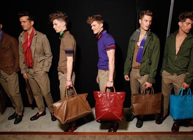 Купить мужские сумки в интернет магазине, модные, стильные.