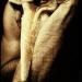 надел маску безразличия, но со злостью в глазах смотришь на меня