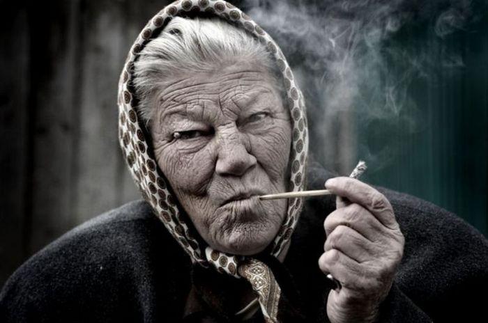 которой набор демотиватор про старого мужика данном случае