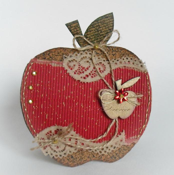Открытки в форме яблока, мужчине