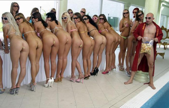 точеные фигурки конкурс голых поп видео казалось, что