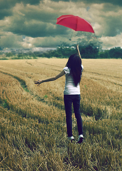 1196367595_2312337_14929250_The_Red_Umbrella_by_larafairie (400x560, 133Kb)