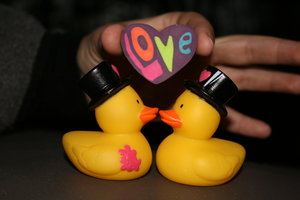 23661060_22228368_Rubber_duckie__you__re_the_one_by_Niemal (300x200, 11Kb)