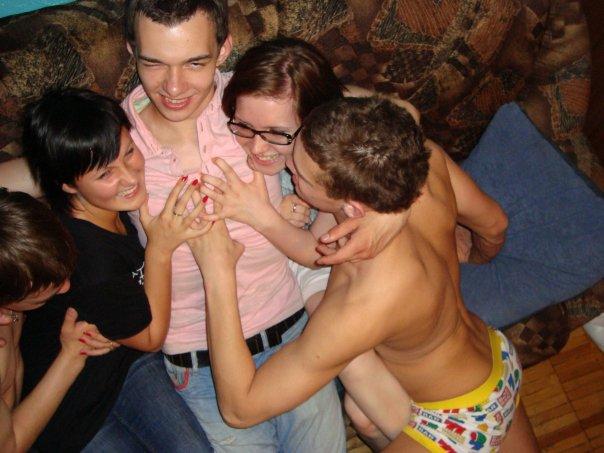 Пати с сексом на хате