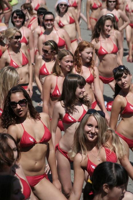 Бикини бум 2009 сочи рекорд гиннеса