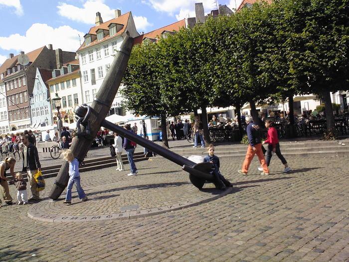 http://img0.liveinternet.ru/images/attach/b/3/8/562/8562037_YAkor_na_nyuhavn_v_Kopengagene.jpg