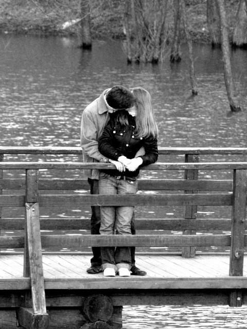 черно-белые фото о любви