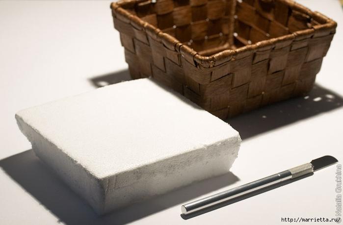 Анютины глазки крючком. Шторка для кухни и цветочная композиция (23) (700x459, 154Kb)