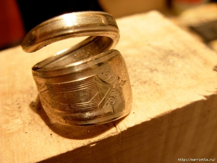 Как сделать кольцо из серебряной ложки (41) (700x525, 229Kb)