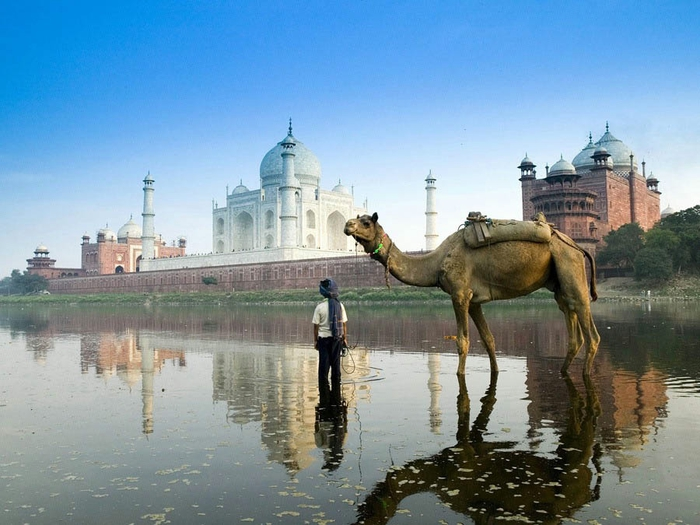 Yamuna River, Agra, Uttar Pradesh, India бесплатно