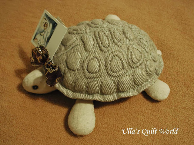 03 P1010049 Trapunto turtle, quilt, Pattern and Tutorial (640x479, 99Kb)