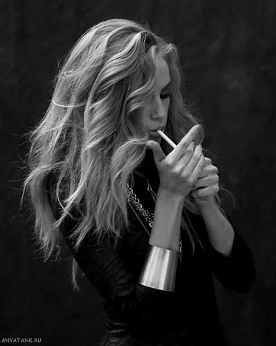 блондинки фото черно белые