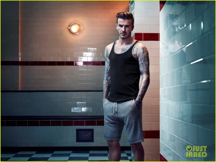 david-beckham-shirtless-hm-campaign-pictures-01 (700x525, 69Kb)