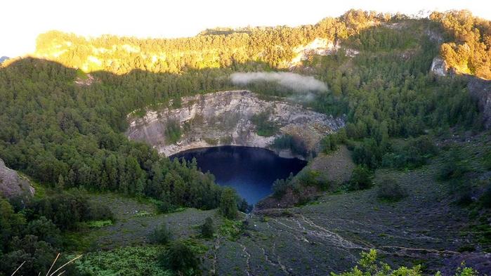 Озеро Тиву-Ата-Мбупу (700x393, 338Kb)