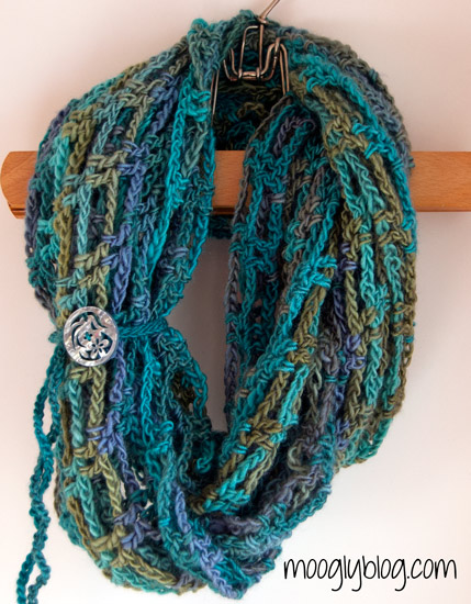 Artfully-Simple-Infinity-Scarf (429x550, 99Kb)