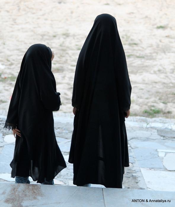 Иранцы. Какие они? IMG_8857 (591x700, 174Kb)