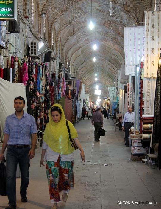 Иранцы. Какие они? IMG_8076 (541x700, 284Kb)