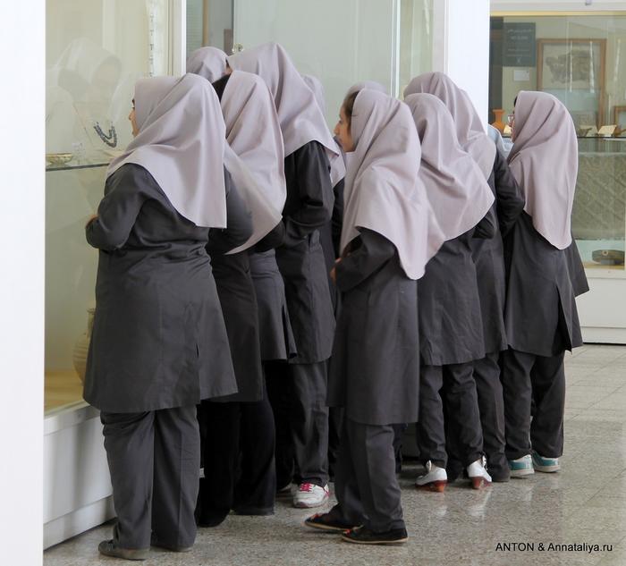 Иранцы. Какие они? IMG_7919 (700x633, 203Kb)