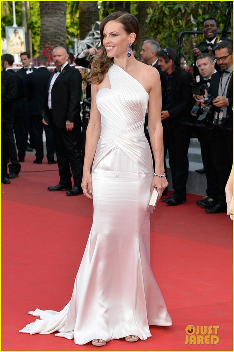 hilary-swank-the-homesman-premiere-photo-call-cannes-01 (466x700, 77Kb)