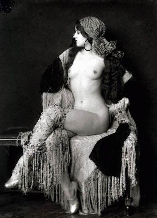 porno-sto-let-nazad-svinger-negri-ebut-zhenu