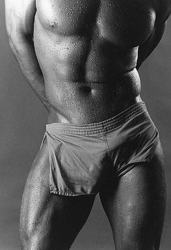 Супер фото с мужскими голыми телами фото сперма девушке