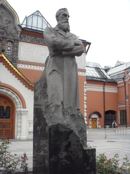 Памятники в москве литературным авторские heroes of the storm купить памятник на могилу недорого к Северск