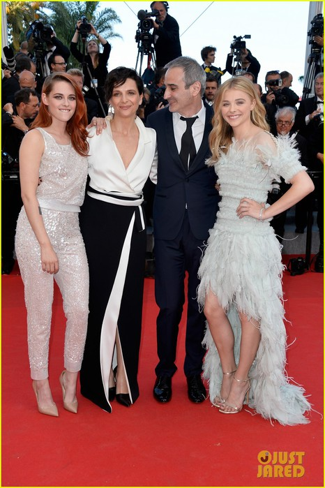 kristen-stewart-chloe-moretz-are-chanel-chic-at-cannes-sils-maria-premiere-18 (466x700, 98Kb)