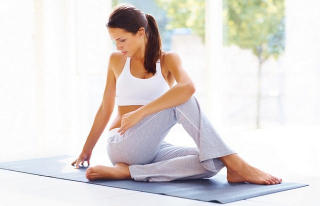3 упражнения из йоги для идеальных ягодиц за 15 минут в день