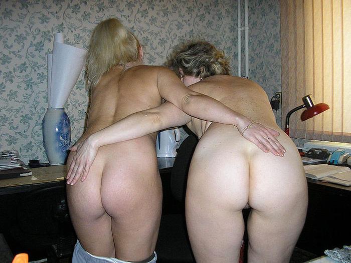 изощряются получают молодые и зрелые жопы частные порно фото вот нравится секс