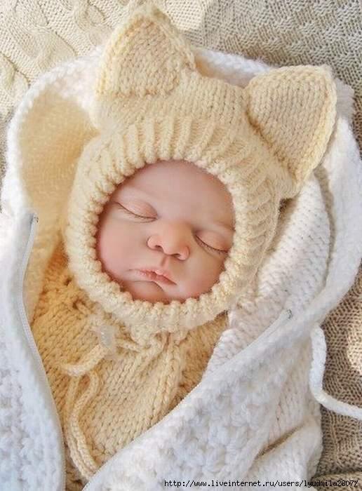 Связать шапочки новорожденных спицами