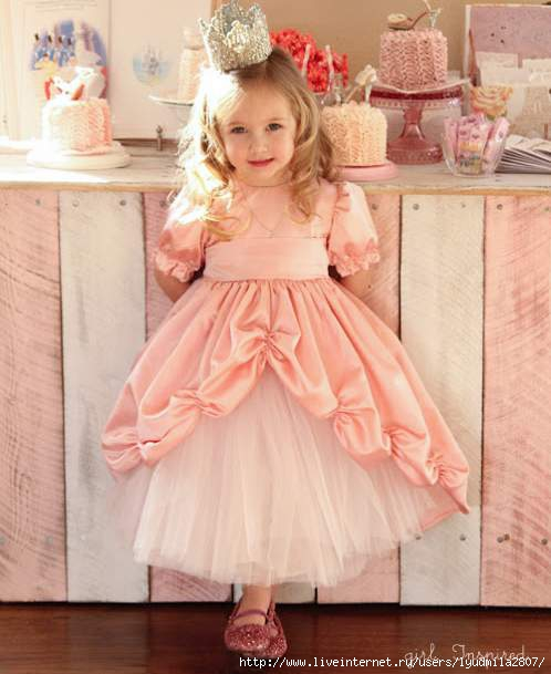 Princess-Dress-edited-1-of-2 (498x609, 124Kb)